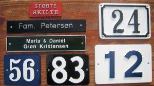 Husnummer skilt støbt aluminium - Bros Skilte